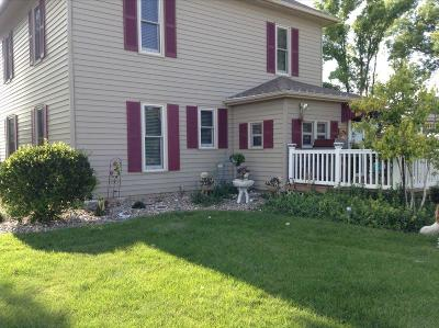 Emmetsburg Single Family Home For Sale: 2944 500th Avenue
