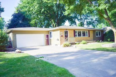 Spencer Single Family Home For Sale: 528 Elmwood Drive