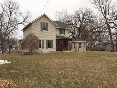 Spirit Lake Single Family Home For Sale: 414 15th Street