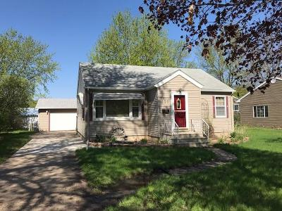 Estherville IA Single Family Home For Sale: $83,500