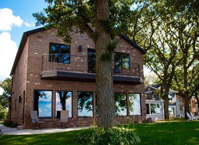 West Okoboji Single Family Home Active Contingent: 1006 Lake Street