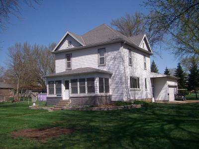Emmetsburg Single Family Home For Sale: 2801 3rd Street