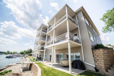 Arnolds Park Condo/Townhouse For Sale: 304 Lake Drive #B1