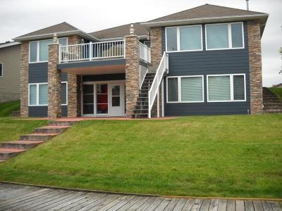 Spirit Lake Condo/Townhouse Active Contingent: 15640 Harbor Drive