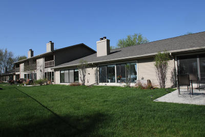 Okoboji Condo/Townhouse For Sale: 2100 Country Club Drive, Unit 8