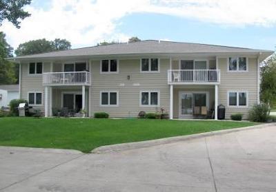 Arnolds Park Condo/Townhouse For Sale: 84 Rohr Street #Unit 3C