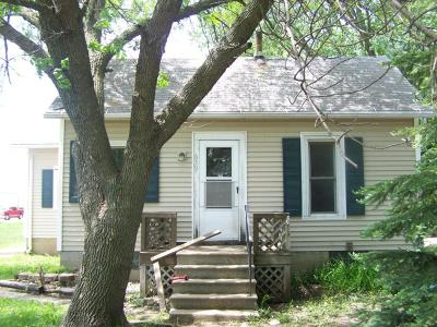Spencer Single Family Home For Sale: 639 4th Avenue E