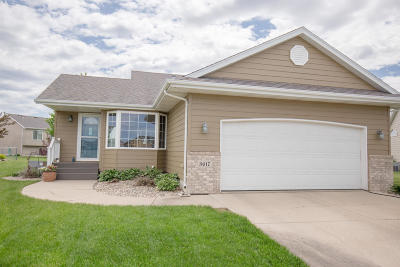 Spirit Lake Single Family Home For Sale: 3617 Inwood Court