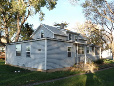 Milford Single Family Home For Sale: 1608 L Avenue