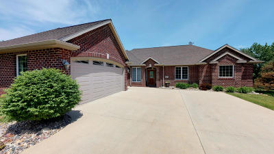 Arnolds Park Single Family Home For Sale: 1028 Emerald Pines Drive