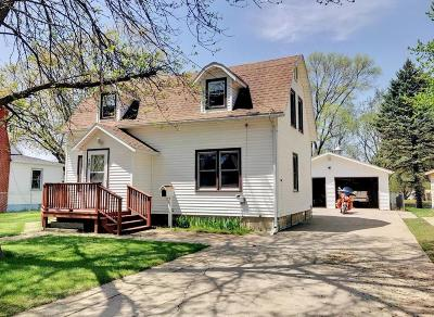 Estherville Single Family Home Active Contingent: 601 S 15th Street