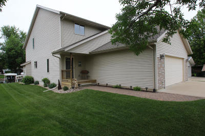 Wahpeton Single Family Home Active Contingent: 1314 Joy Loy Lane