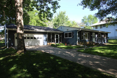 Spirit Lake Single Family Home For Sale: 1210 Ithaca Avenue