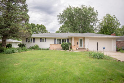 Milford Single Family Home For Sale: 1114 J Avenue