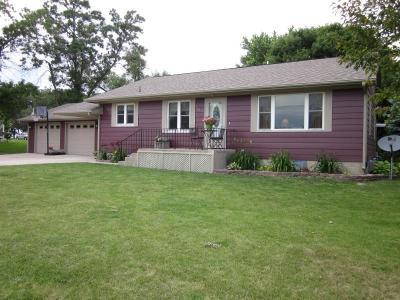 Lake Park Single Family Home For Sale: 102 Arnolds Entrance