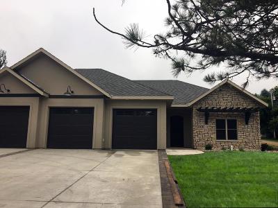 Spirit Lake Single Family Home For Sale: 15640 Lakeshore Drive