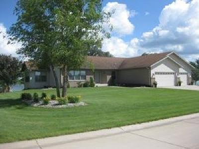 Emmetsburg Single Family Home For Sale: 204 Ford Road