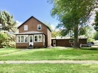 Lake Park Single Family Home For Sale: 302 Ave D E