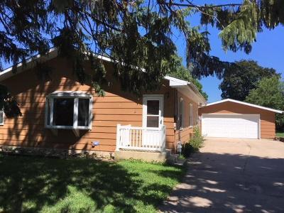 Graettinger Single Family Home For Sale: 208 S Jackson Avenue