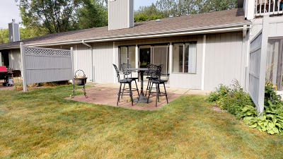Okoboji Condo/Townhouse For Sale: 2300 Country Club Drive #3