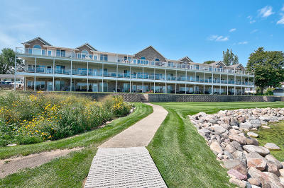 Arnolds Park Condo/Townhouse For Sale: 14 Iowa Street #C-6