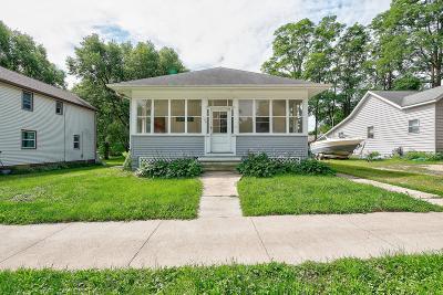 Spirit Lake Single Family Home For Sale: 509 Lake Street