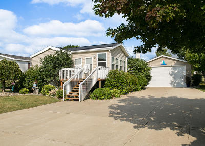 Arnolds Park Single Family Home For Sale: 906 Sunshine Run