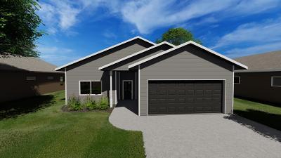 Spirit Lake Single Family Home For Sale: 1850 23rd Street #3