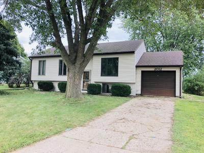 Spencer IA Single Family Home Active Contingent: $129,900