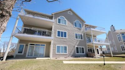 Spirit Lake Condo/Townhouse For Sale: 24094 187th Street #28