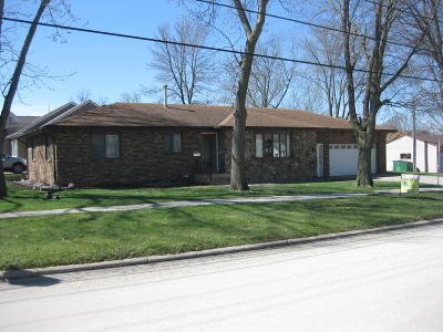 Emmetsburg Single Family Home For Sale: 2402 11th Street
