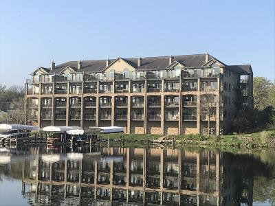 Spirit Lake Condo/Townhouse For Sale: 1701 Chicago Avenue #103