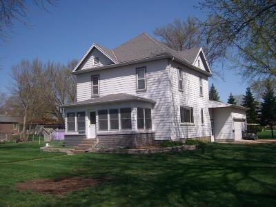 Emmetsburg Single Family Home For Sale: 2801 3rd Street