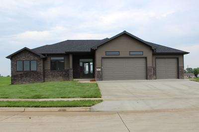 Spirit Lake Single Family Home Active Contingent: 3210 Jolly Court