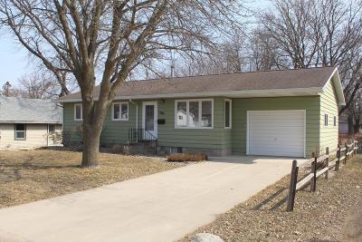 Spirit Lake Single Family Home For Sale: 2201 Erie Avenue