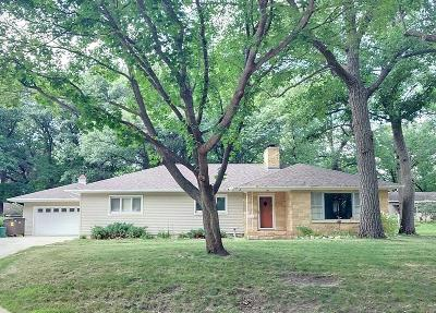 Estherville Single Family Home For Sale: 15 Westwood Drive