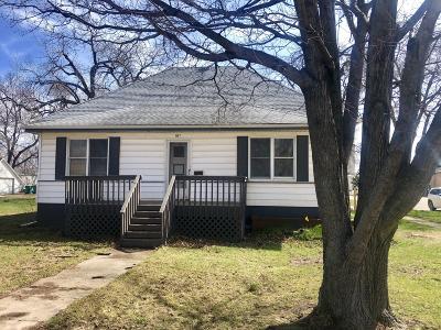 Milford Single Family Home For Sale: 1102 Okoboji Avenue
