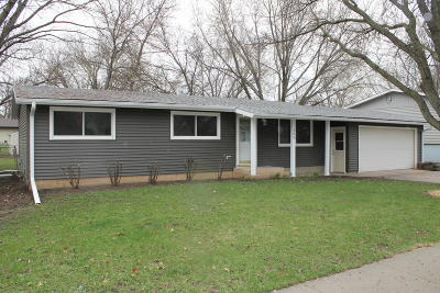Spencer Single Family Home For Sale: 309 8th Street SW