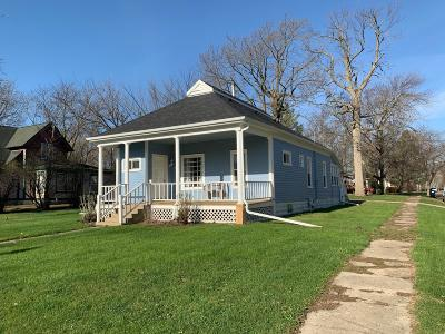 Spirit Lake Single Family Home For Sale: 1102 Hill Avenue