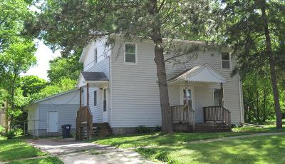 Spirit Lake Single Family Home For Sale: 511 19th Street