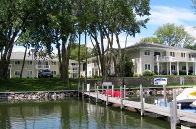 Arnolds Park Condo/Townhouse For Sale: 84 Rohr Street #Unit #7B