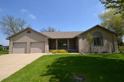 Spencer IA Single Family Home Active Contingent: $259,900