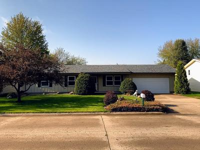 Spencer IA Single Family Home Active Contingent: $106,000