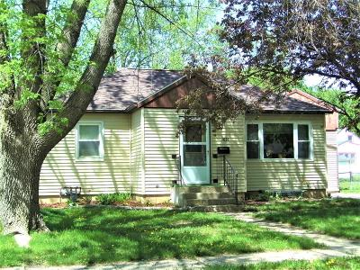 Estherville Single Family Home Active Contingent: 1621 2nd Avenue N