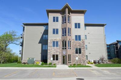 Arnolds Park Condo/Townhouse Active Contingent: 425 240th Avenue #403