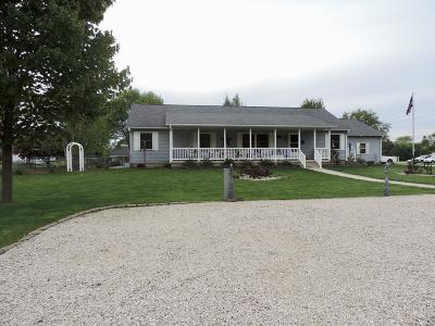 Emmetsburg Single Family Home For Sale: 1703 Madison Street