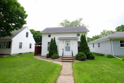 Spencer Single Family Home For Sale: 320 E 12th Street