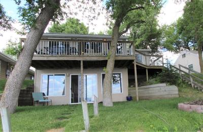 Spirit Lake Single Family Home For Sale: 25331 McClelland Drive