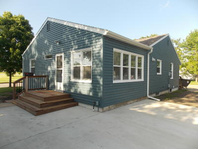 Estherville Single Family Home For Sale: 303 S 15th Street
