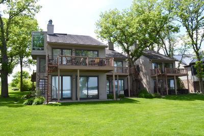 Spirit Lake Condo/Townhouse For Sale: 16914 Inner Lane S #C1